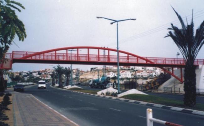 גשר הולכי רגל שכונת רמות – באר שבע